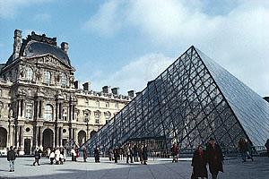 louvrepyramids.jpg